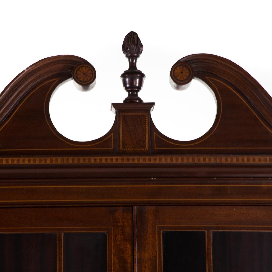 Potthast Federal style mahogany corner cabinet - 2