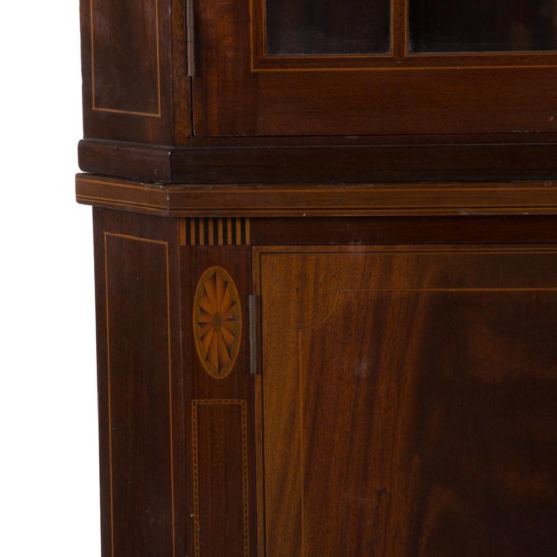 Potthast Federal style mahogany corner cabinet - 3