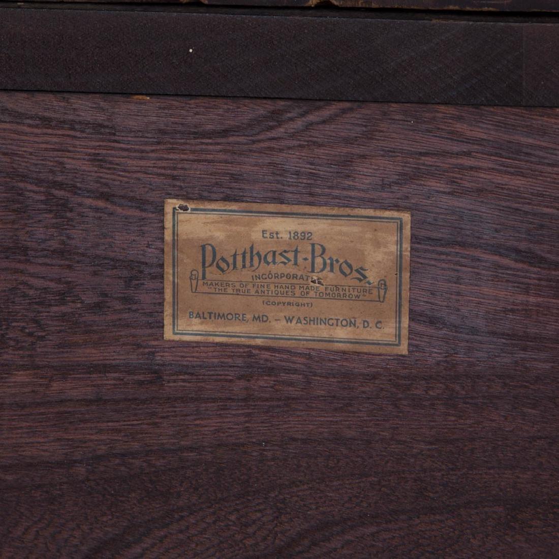 Potthast Federal style mahogany corner cabinet - 7