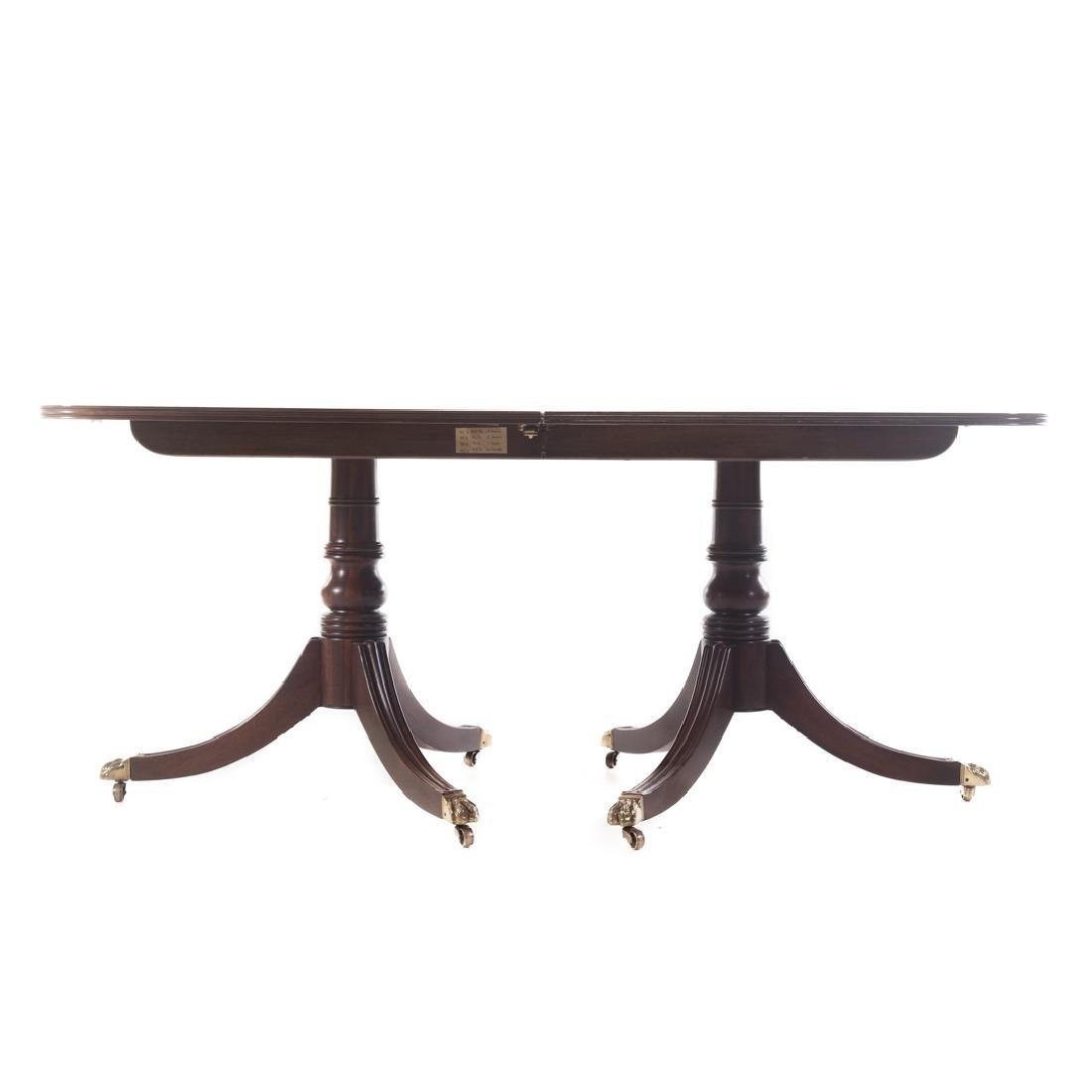 Henredon George III style walnut dining table