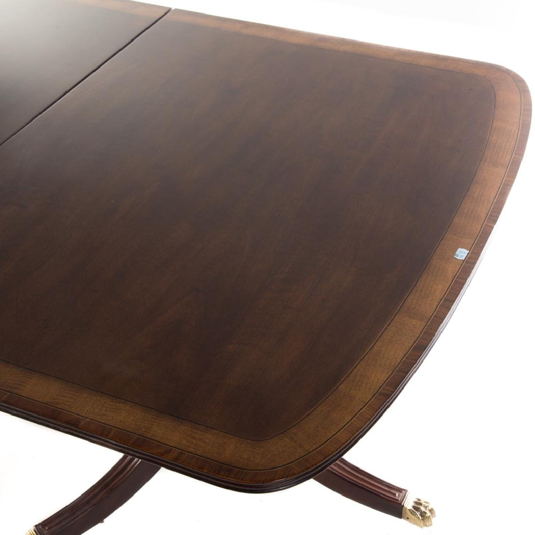 Henredon George III style walnut dining table - 2