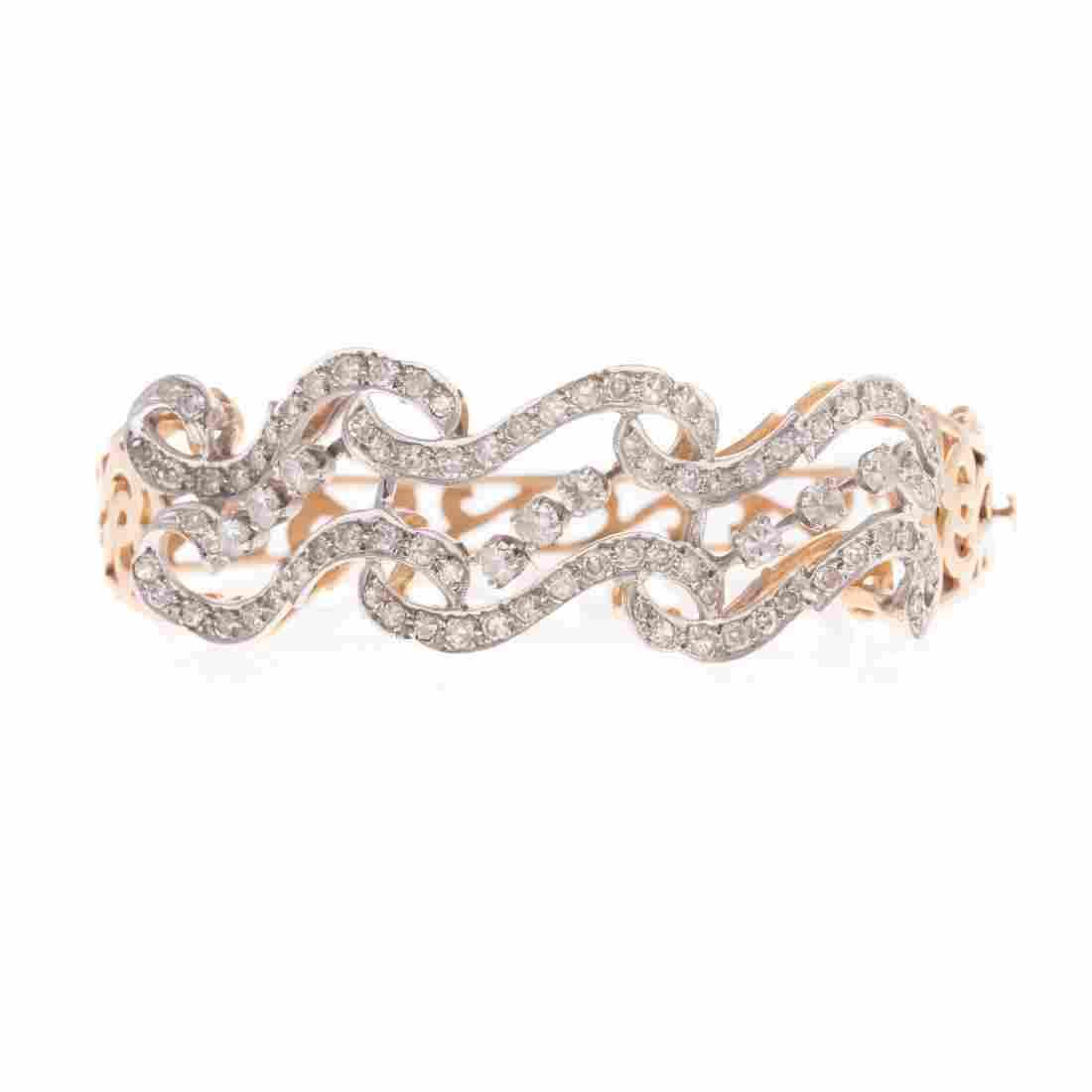 A Lady's Diamond Bracelet in 14K Gold