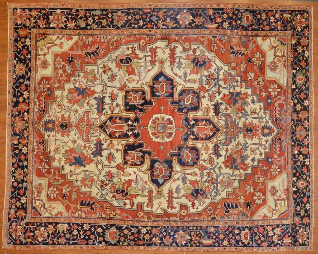 Antique Serapi carpet, approx. 9.4 x 11.5