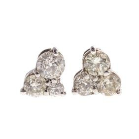 A Pair of Lady's Diamond Earrings in Gold