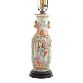 Chinese Export Rose Medallion vase lamp