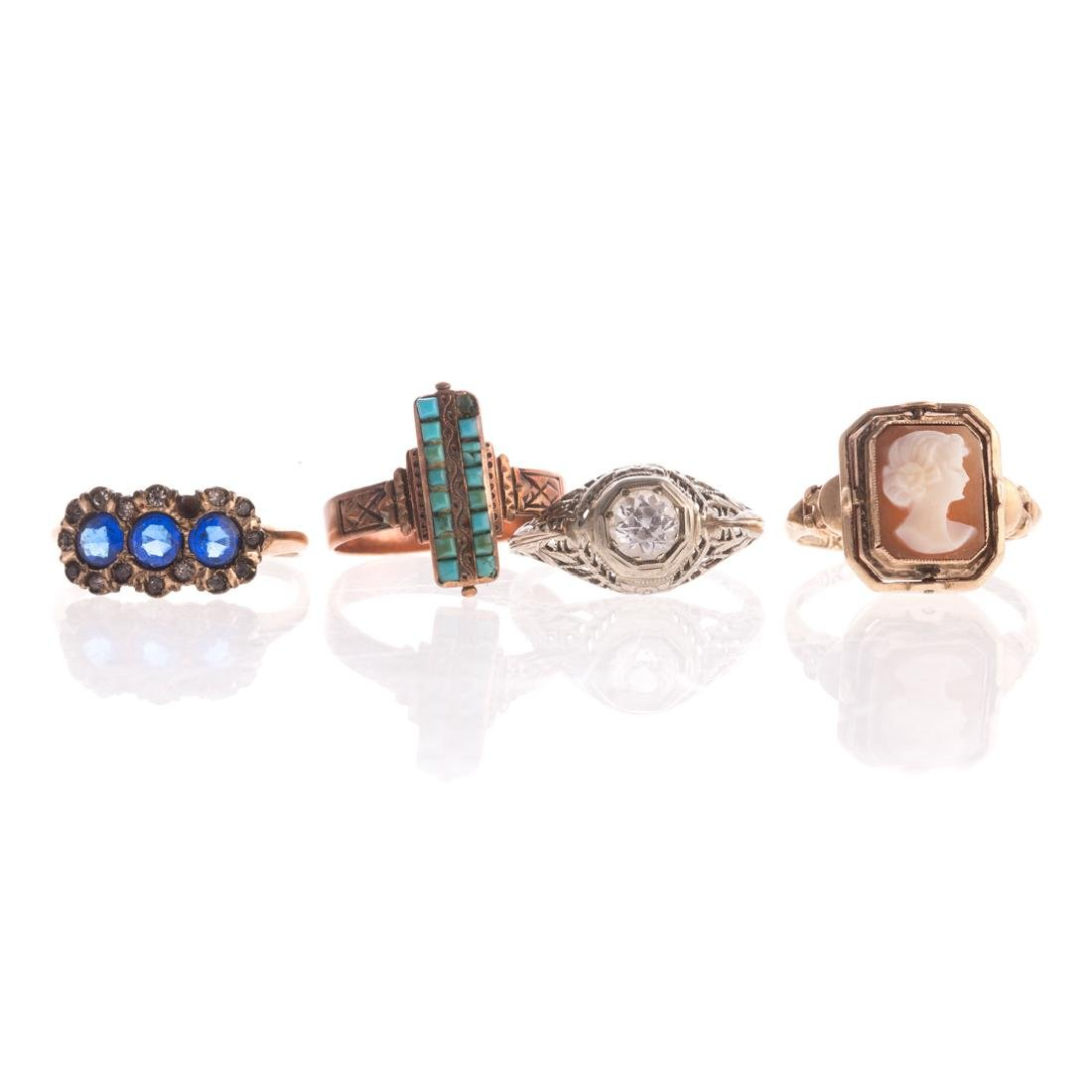 A Collection of Lady's Rings in Gold