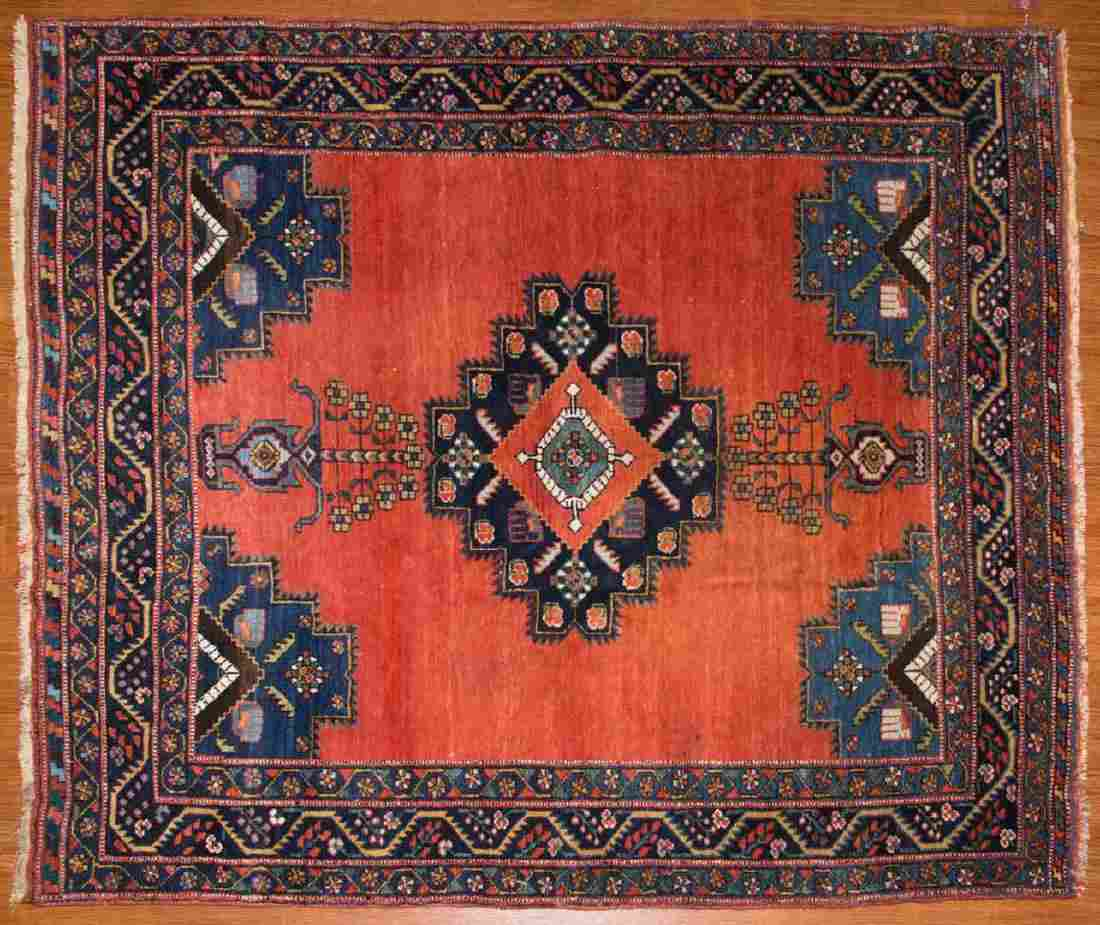Antique Afshar rug, approx. 4.4 x 4.11