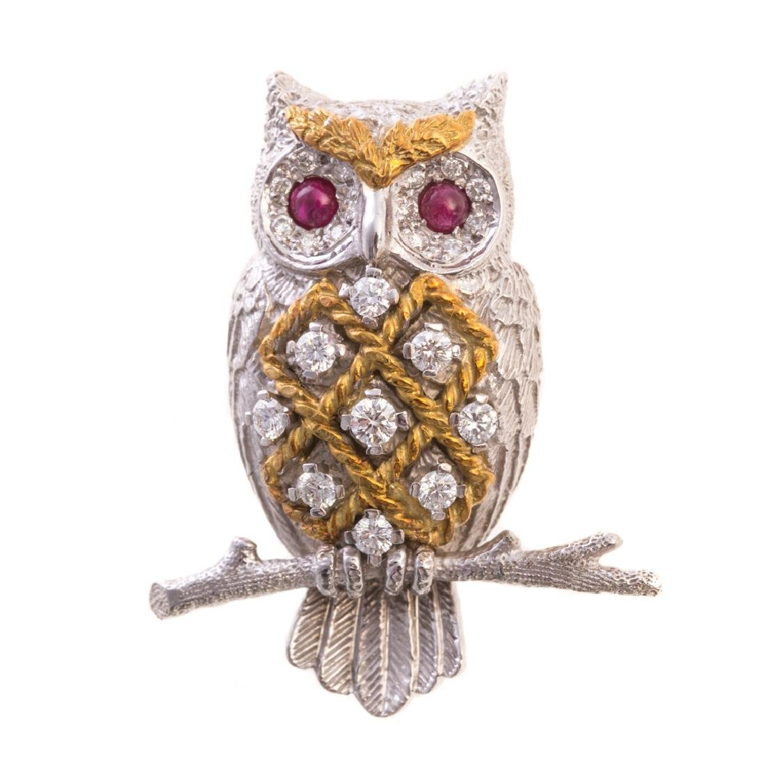 An Owl Brooch by Scully & Scully in 18K