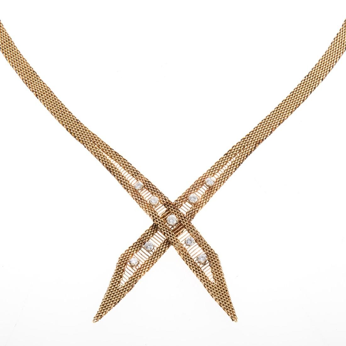 A Lady's Ribbon Diamond Necklace in 14K