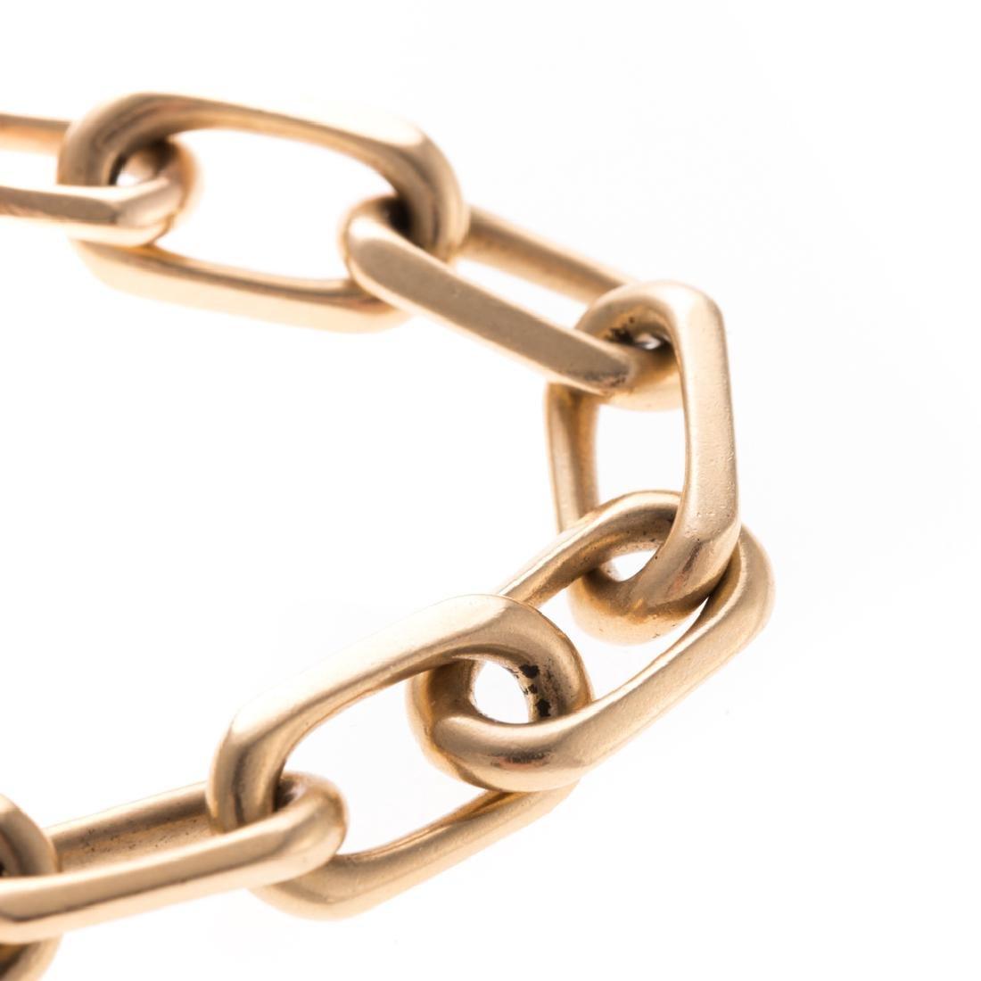 A Lady's Open Link Bracelet in 14K Gold - 2
