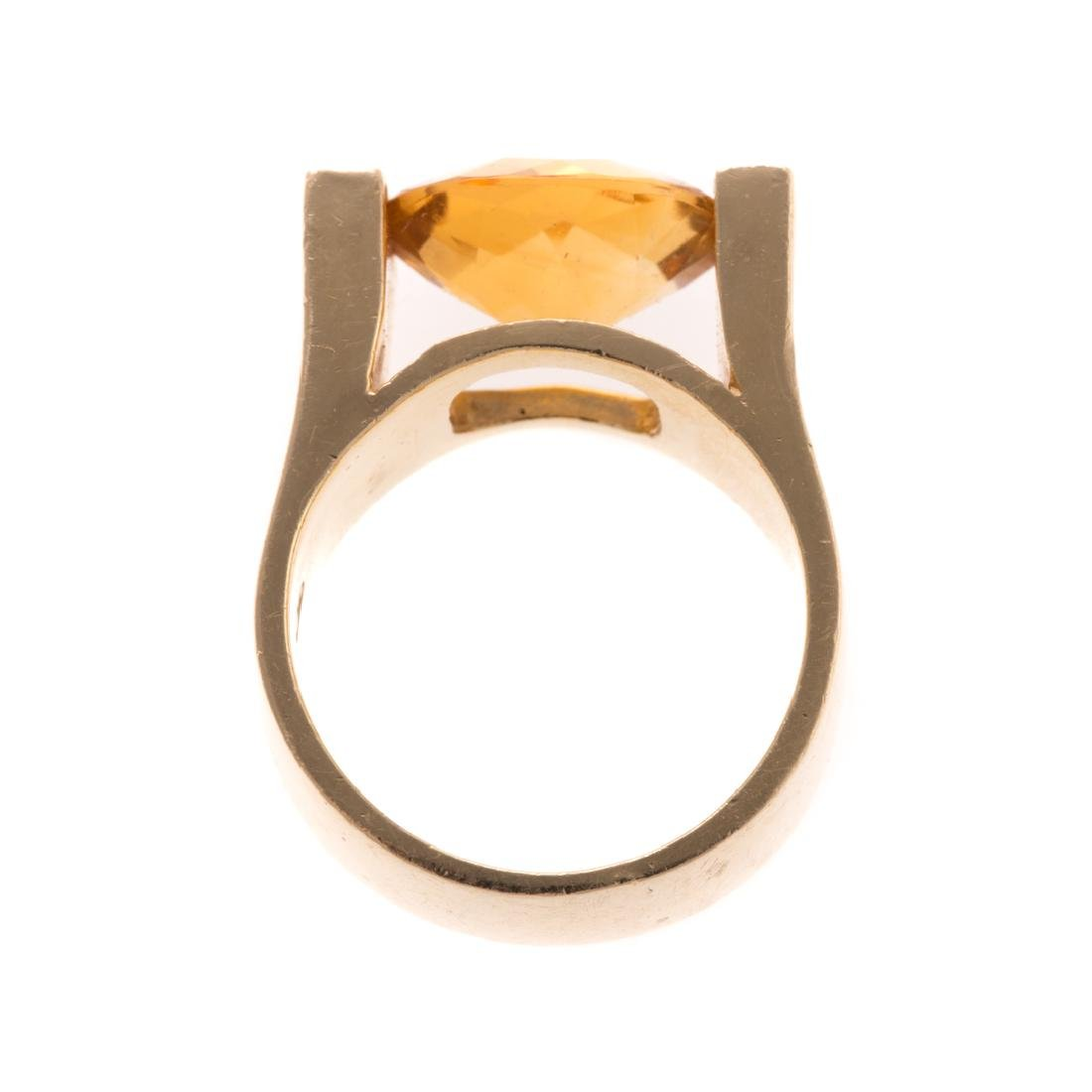A Lady's Citrine Ring in 14K Gold - 3
