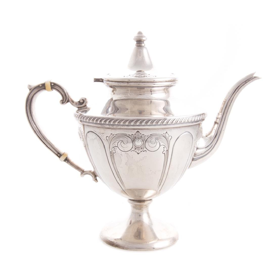 Classical style sterling 5-pc coffee & tea service - 2