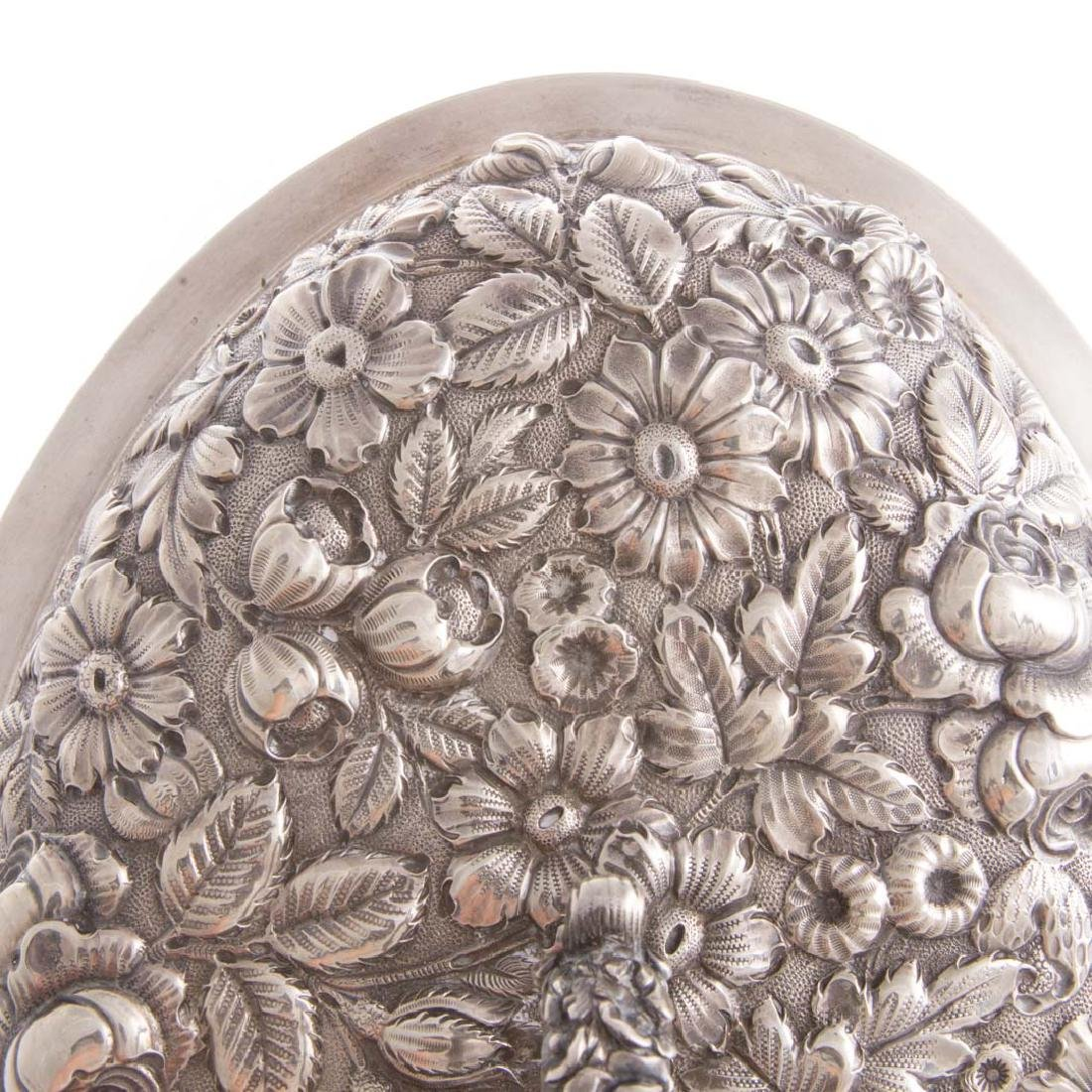 Fine repousse sterling covered vegetable dish - 5