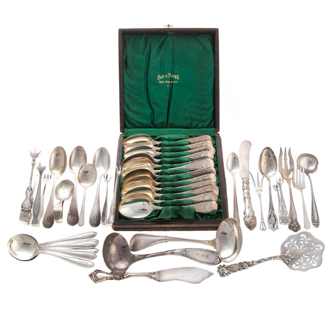 Assorted American sterling silver flatware (38)