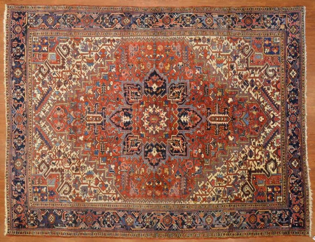 Persian Herez rug, approx. 8.9 x 11.4