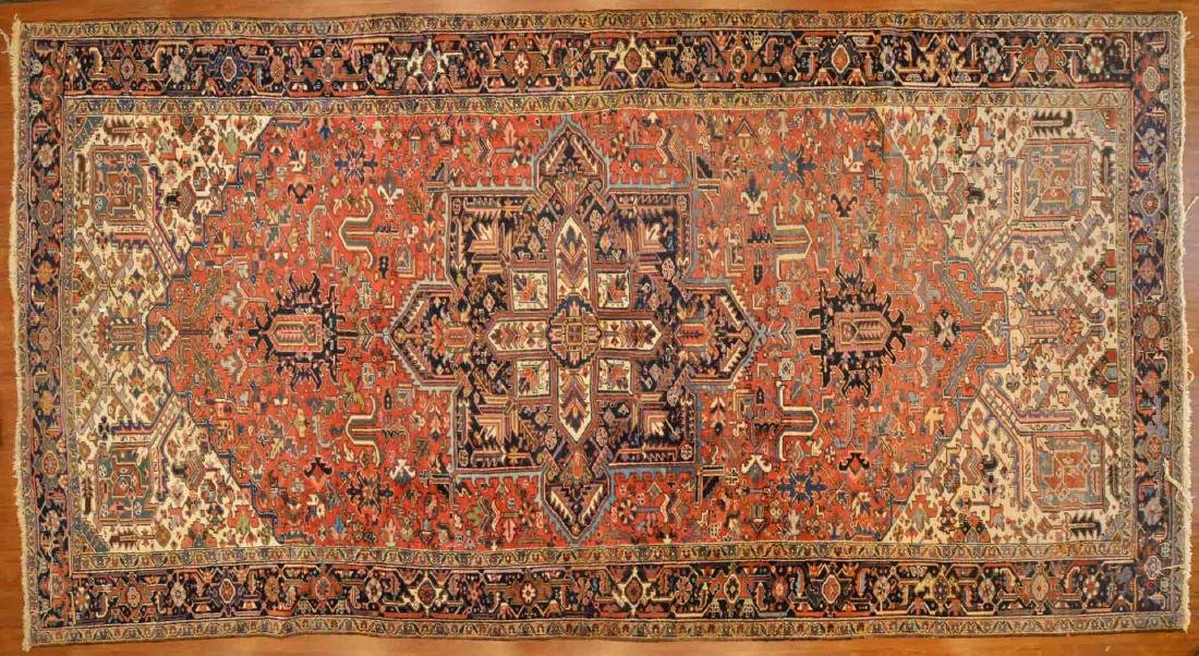 Persian Herez rug, approx. 9.10 x 18.5