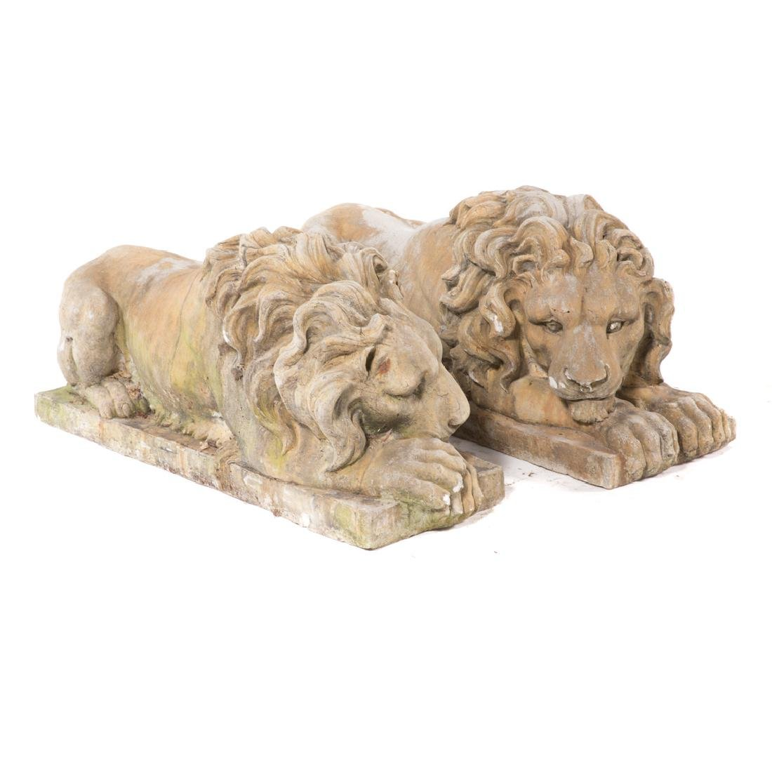 Pair of poured stone lions - 3