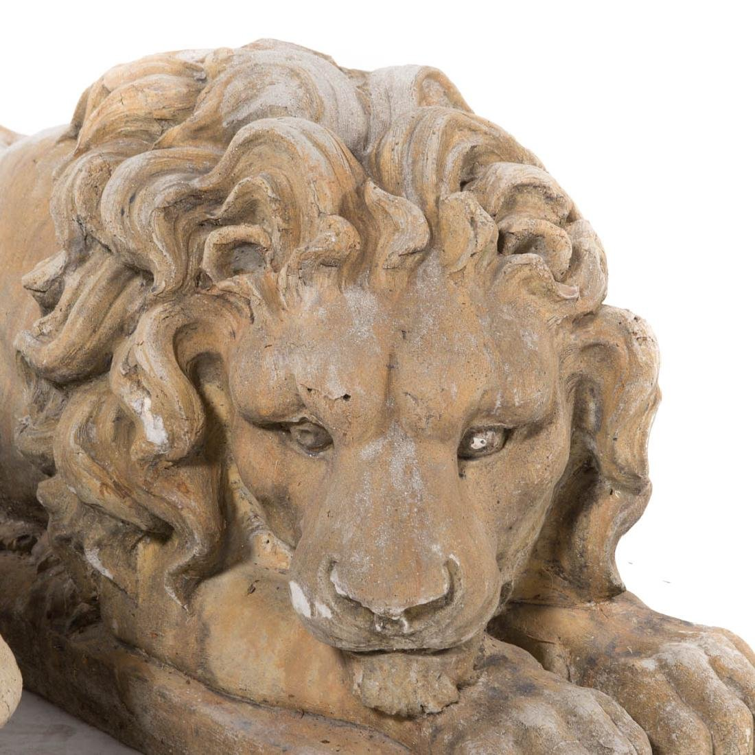 Pair of poured stone lions - 4