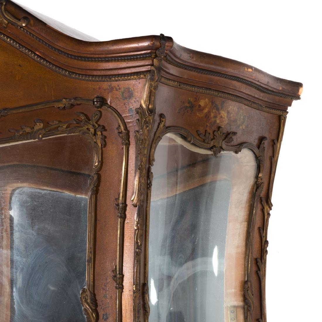Louis XV style bombe Vernis Martin vitrine - 5