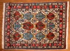 Persian Bahktiari rug, approx. 3.3 x 4.6