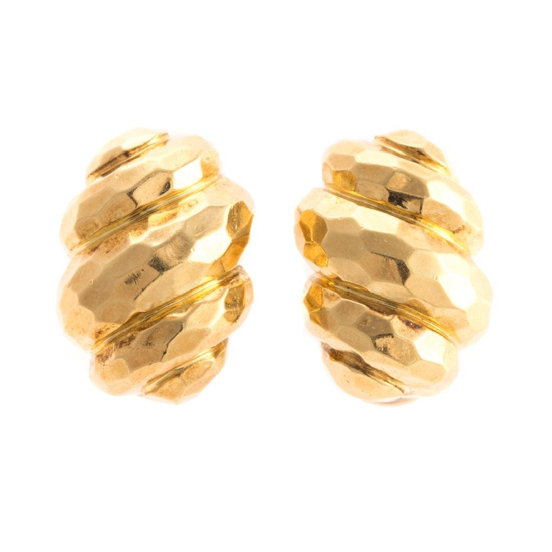 A Pair of Lady's 18K Henry Dunay Clip Earrings