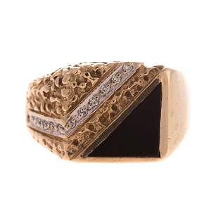 A Gentlemens Black Onyx and Diamond Ring in 10K