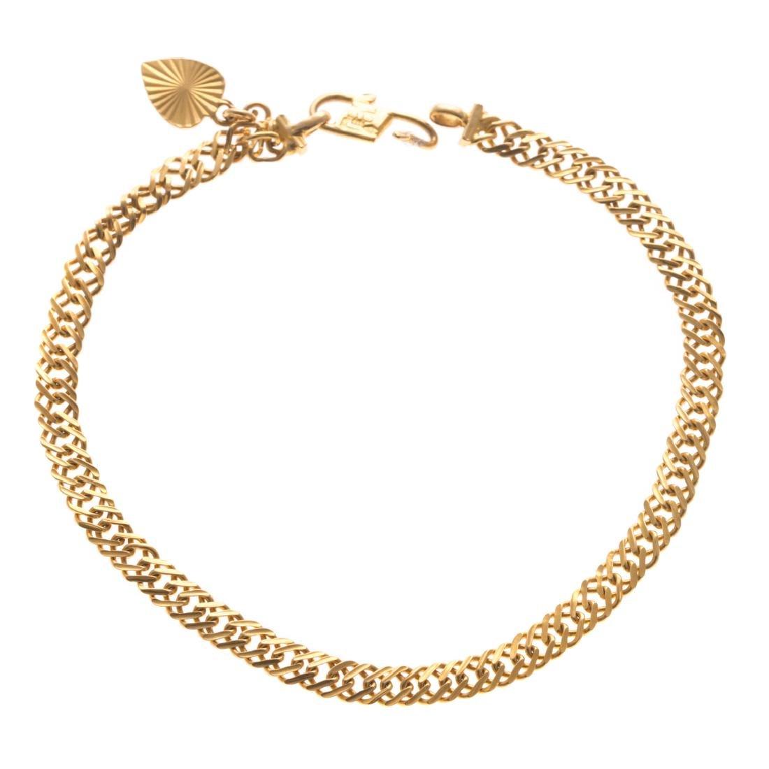 A Lady's 22K Flat Curbed Link Bracelet