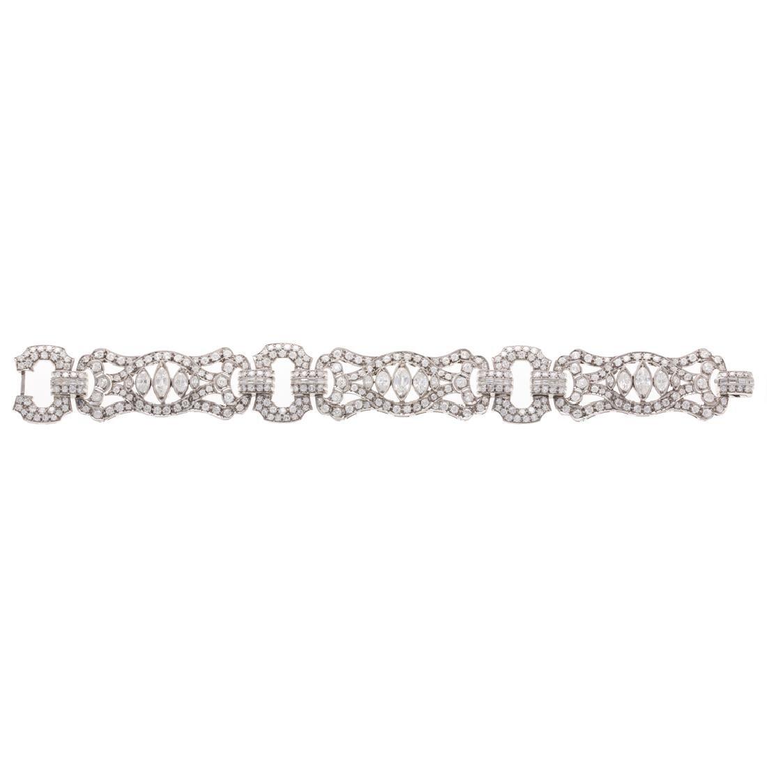 An Art Deco Platinum 16.50ctw Diamond Bracelet