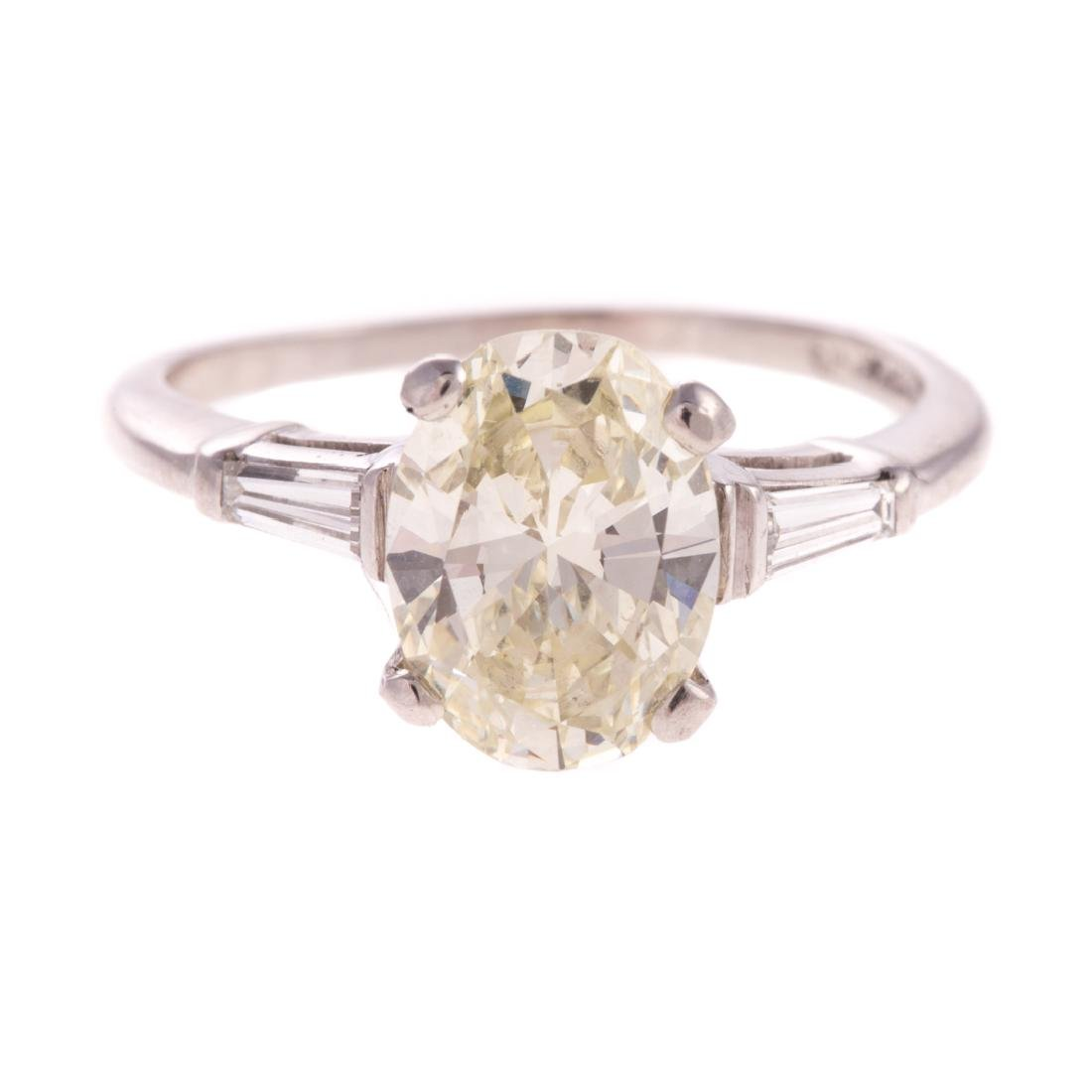 A Lady's 2.21ct Oval Diamond Engagement Ring