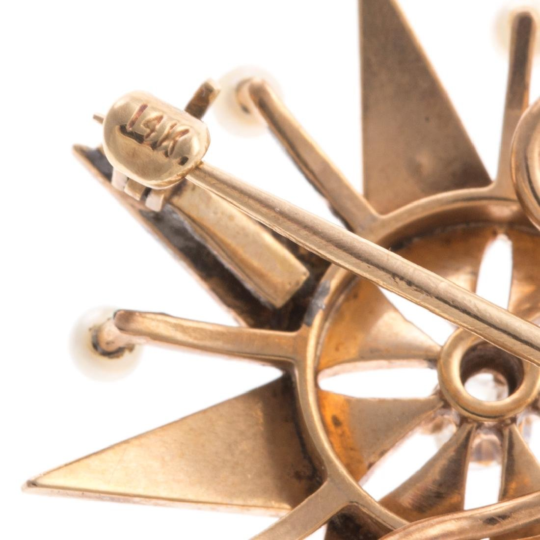 A Lady's Seed Pearl & Diamond Starburst Pin - 4