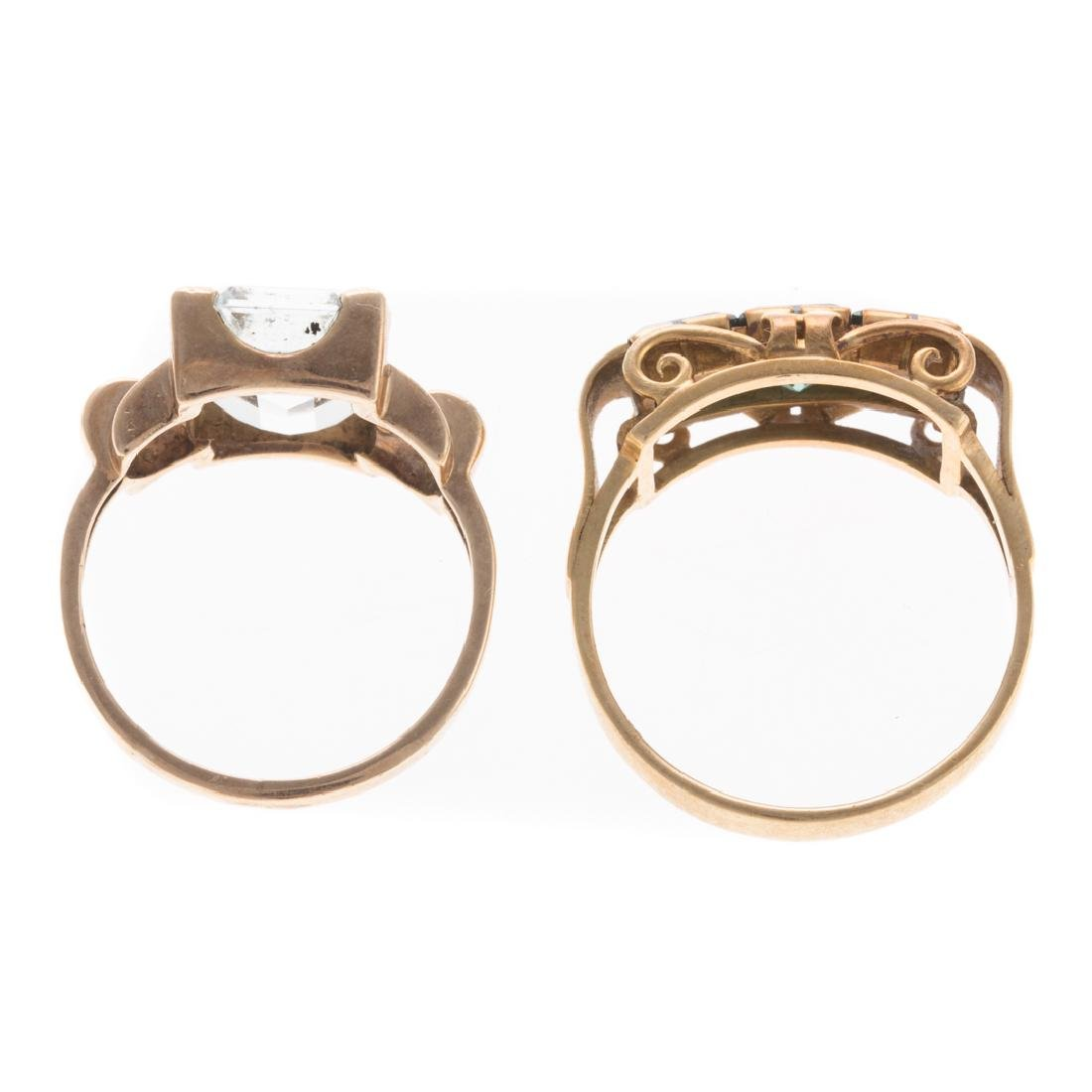 A Pair of Gemstone Rings in Gold - 3