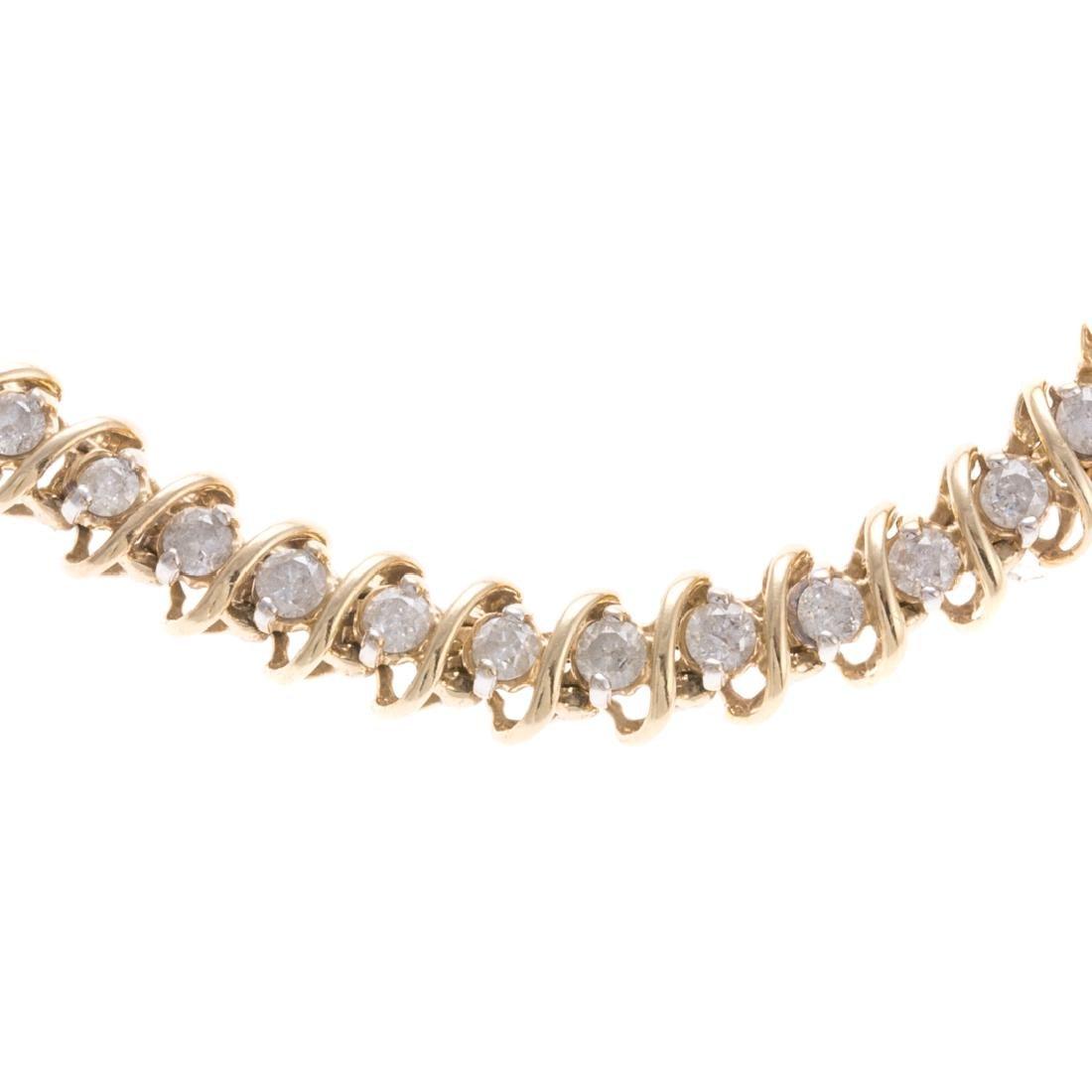 A Lady's Diamond Straight Line Bracelet in - 3