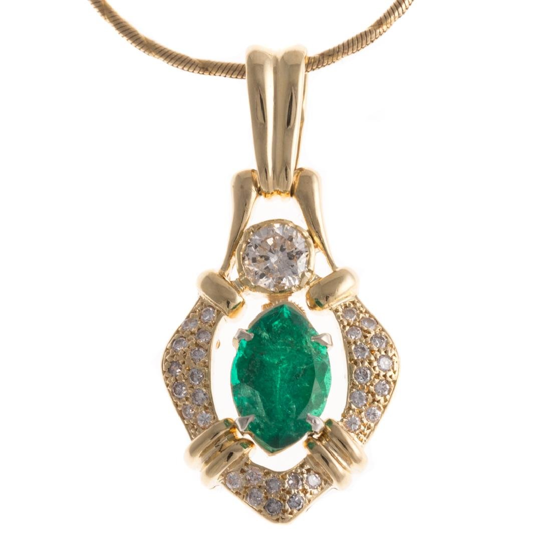 A Lady's Emerald and Diamond Necklace in Gold