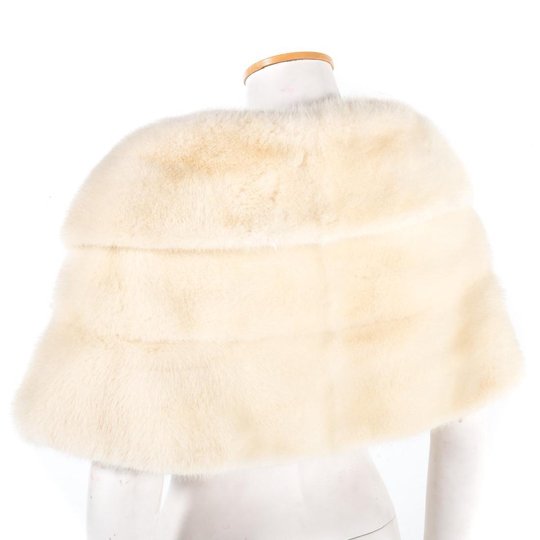 A Lady's Pastel Mink Stole & Mink Cape - 4