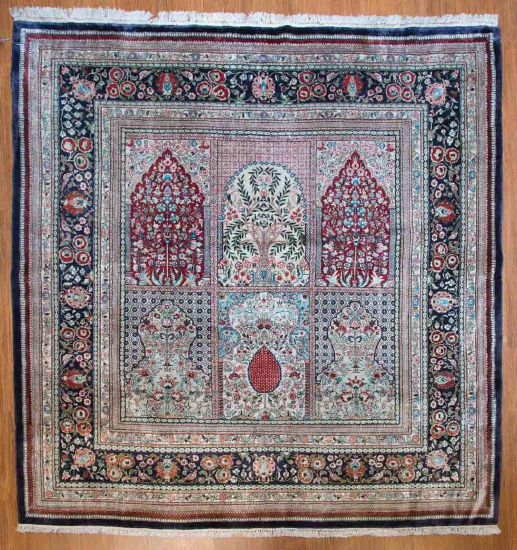 Silk Chinese rug, approx. 4.9 x 4.9