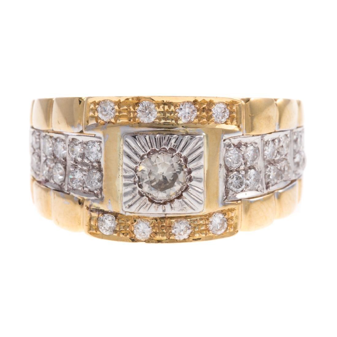 A Gentlemen's Diamond Ring in 18K Gold