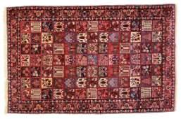 Persian Bahktiari rug, approx. 6.10 x 9.10