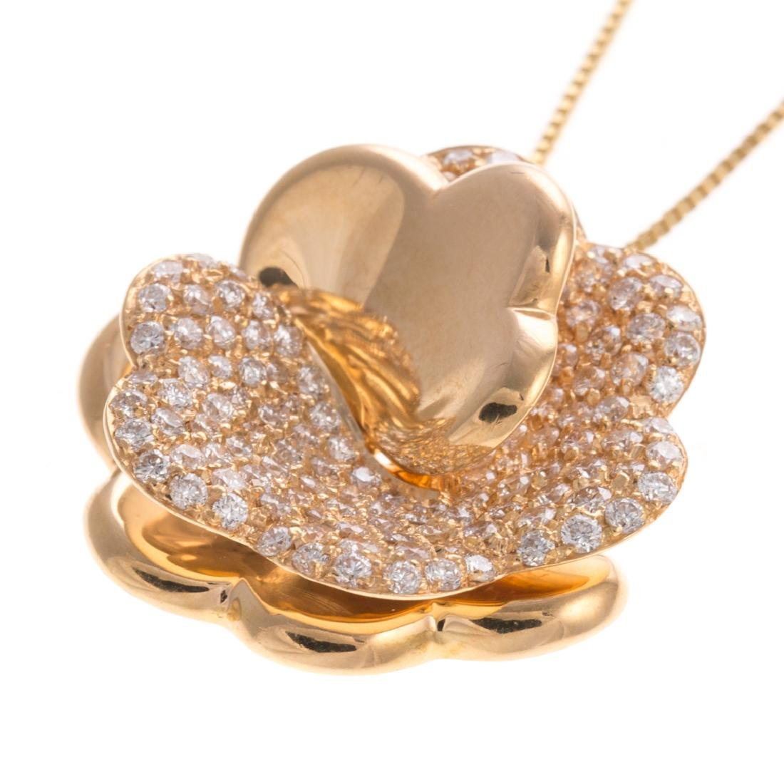 A Giorgio Visconti Diamond Flower Necklace in 18K - 3