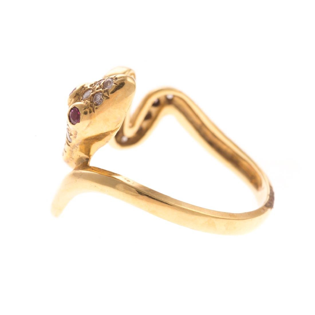 A Lady's Diamond Serpent Ring in 18K Gold - 3