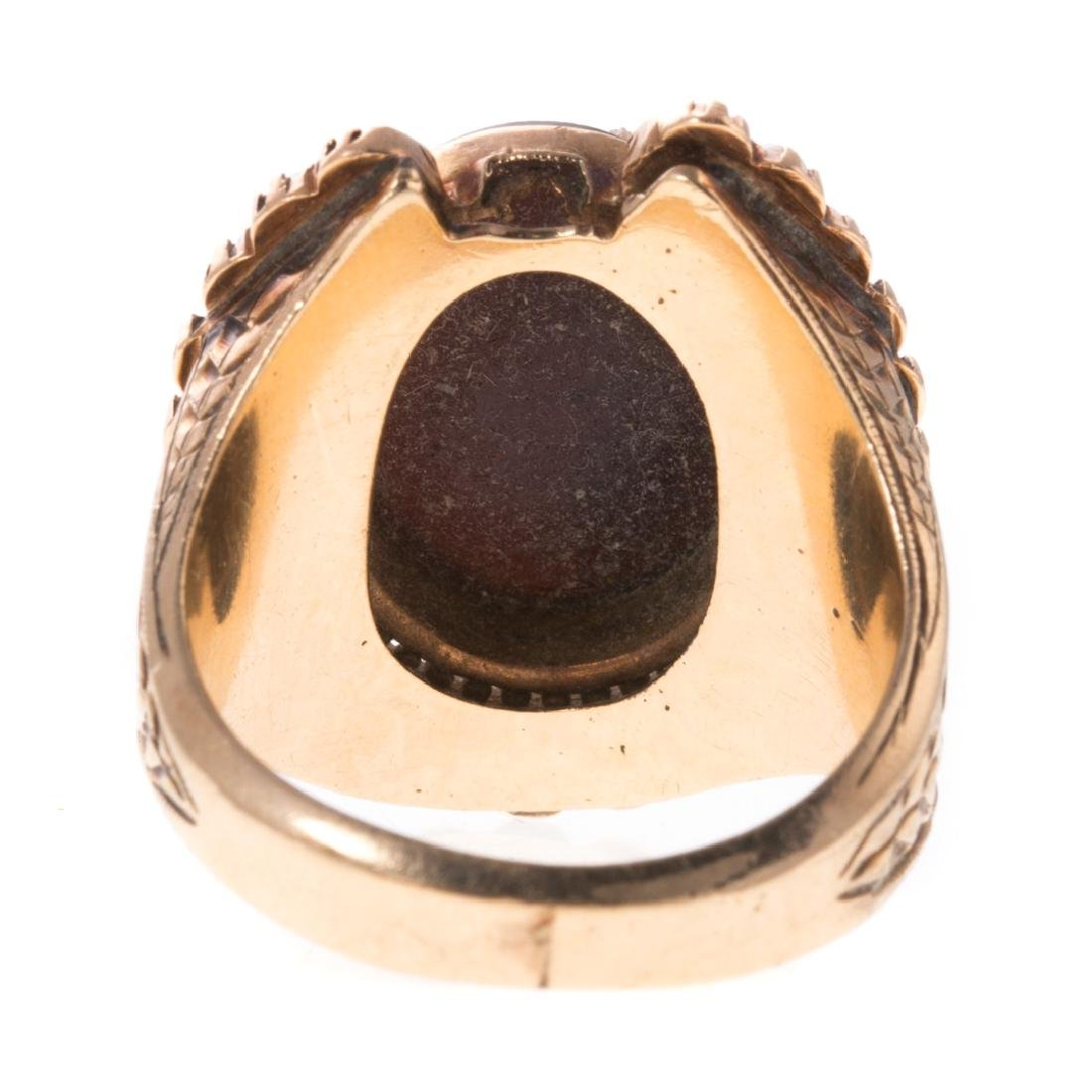 A Victorian Cameo Seed Pearl Horseshoe Ring - 5