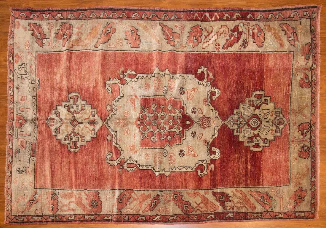 Antique Oushak rug, approx. 4.6 x 6.8
