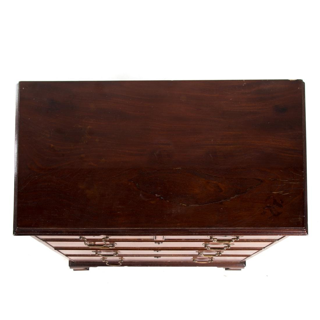 George III style mahogany bachelor's chest - 2