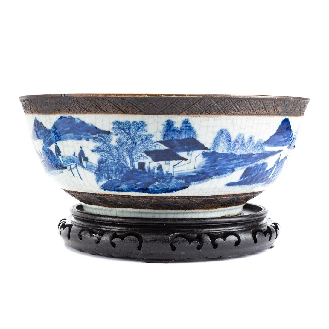 Chinese Export punch bowl & two Fitzhugh plates - 2