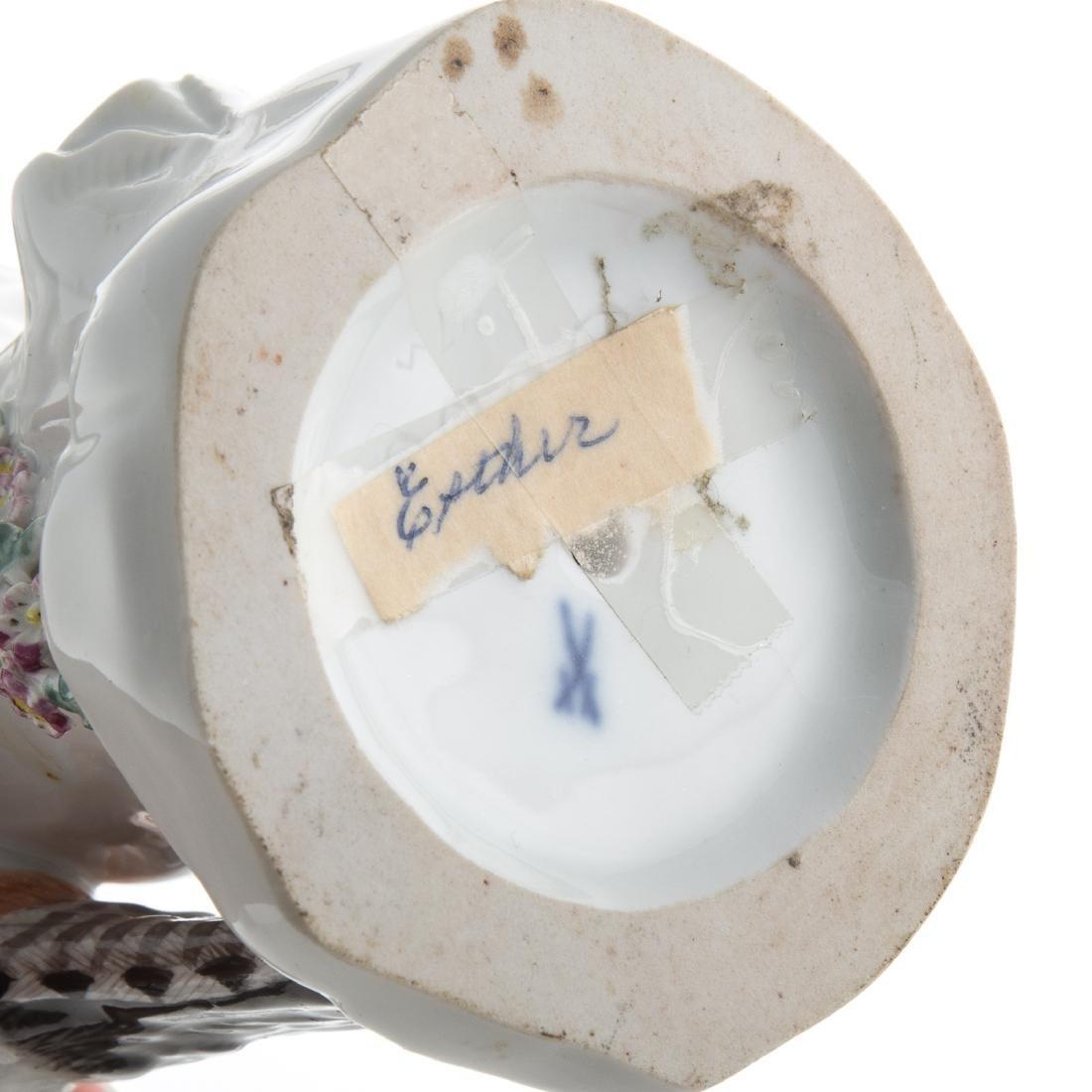 Meissen porcelain pileated woodpecker - 4