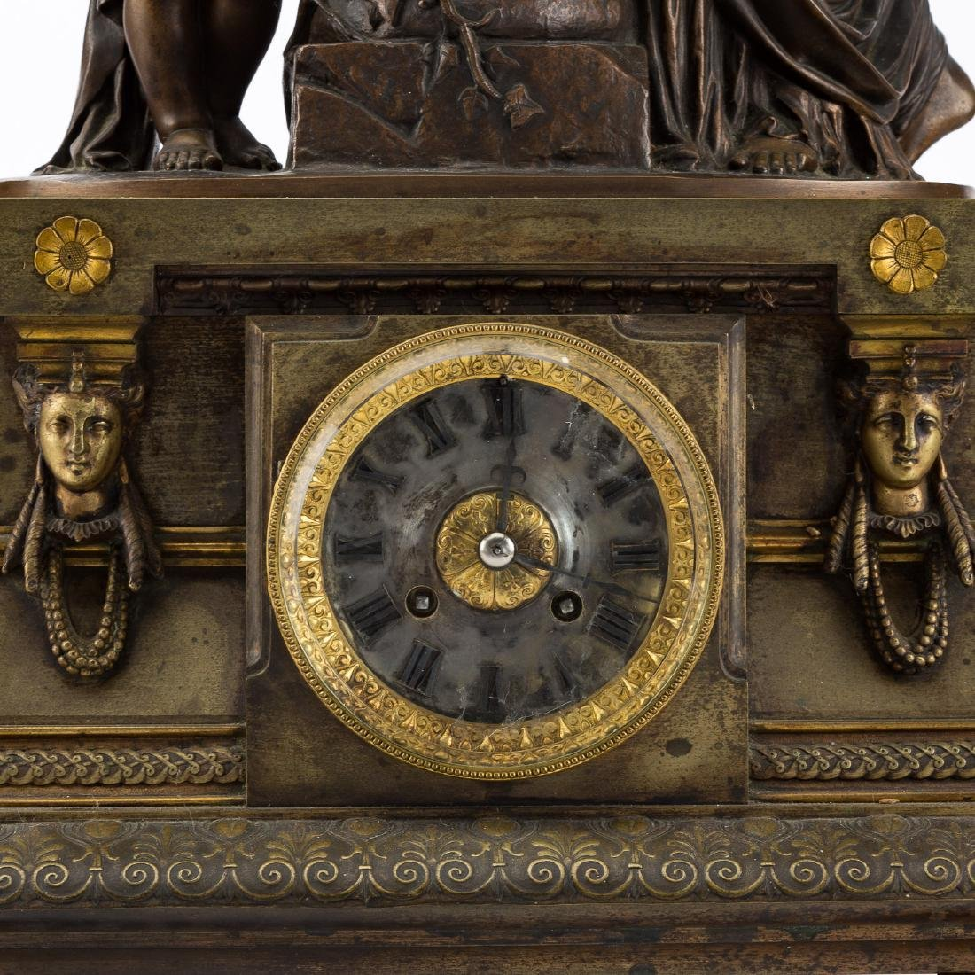French bronze figural mantel clock - 3
