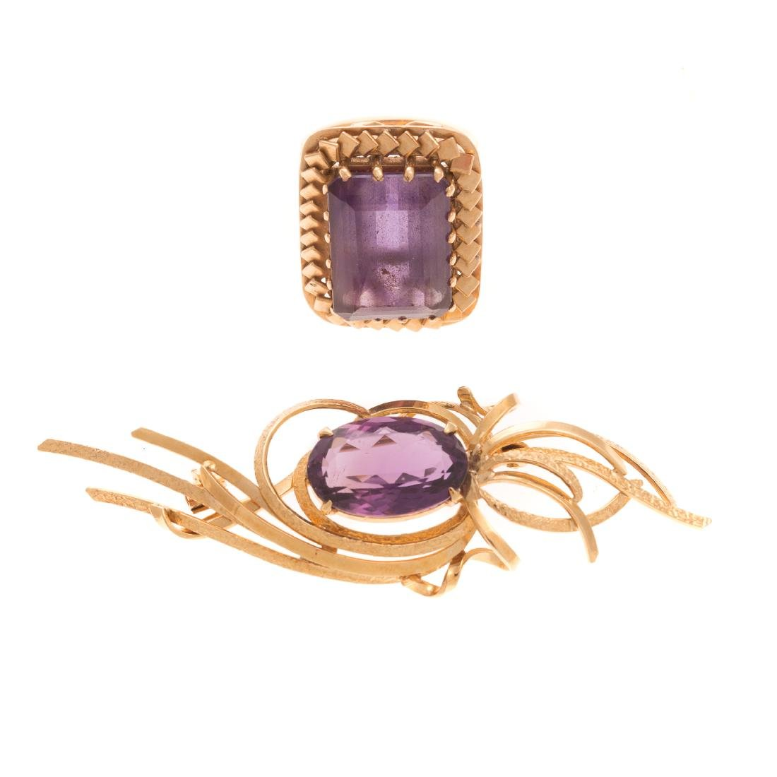 A Lady's Amethyst Ring and Brooch in Gold
