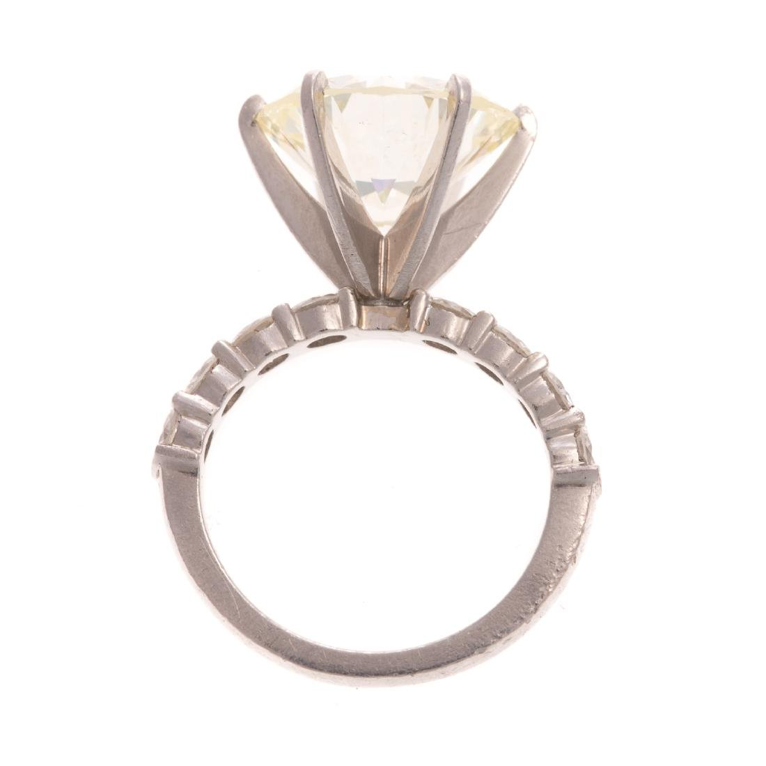 A Statement Platinum 9.28ct Diamond Ring - 3