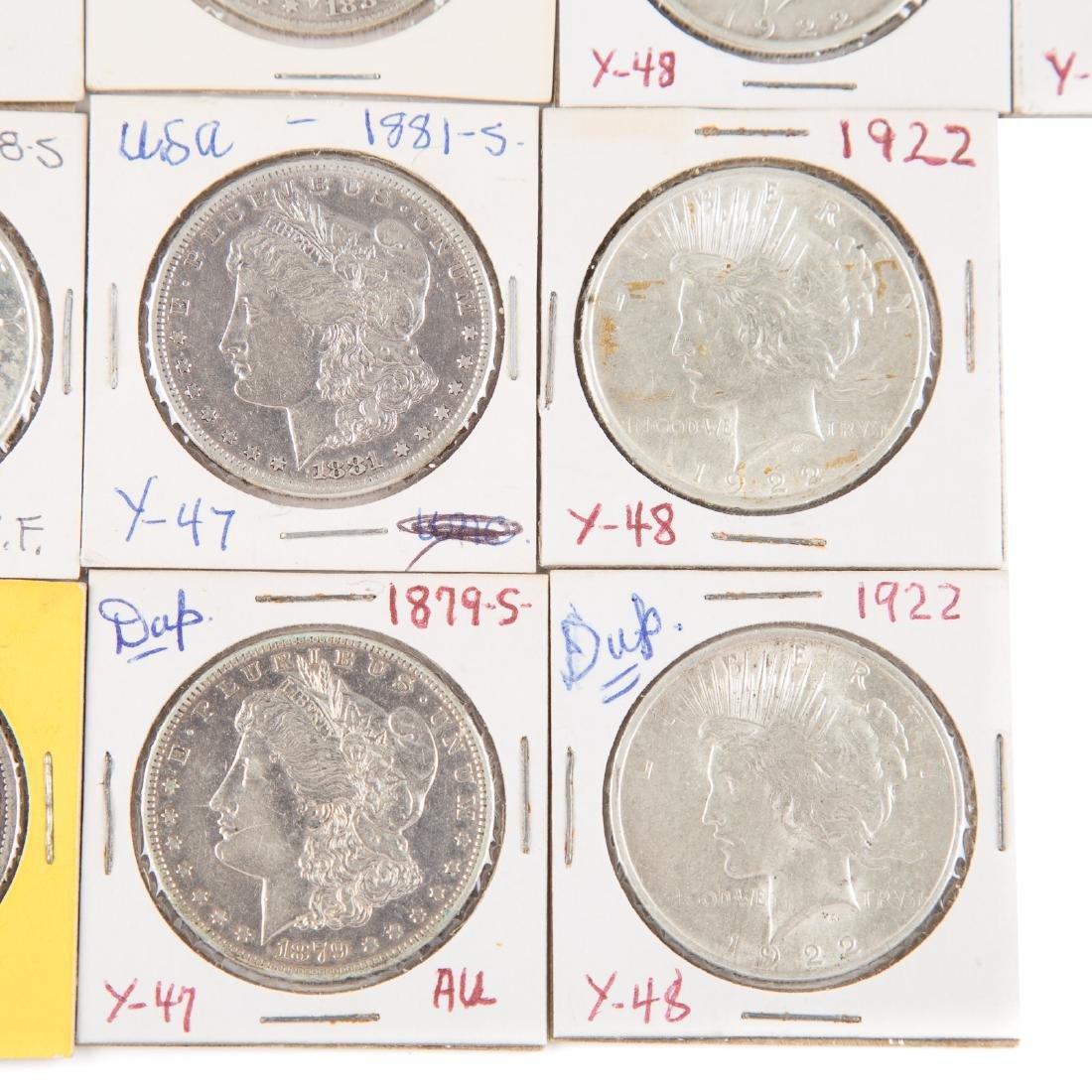 [US] 33 Morgan and Peace Silver Dollars - 2