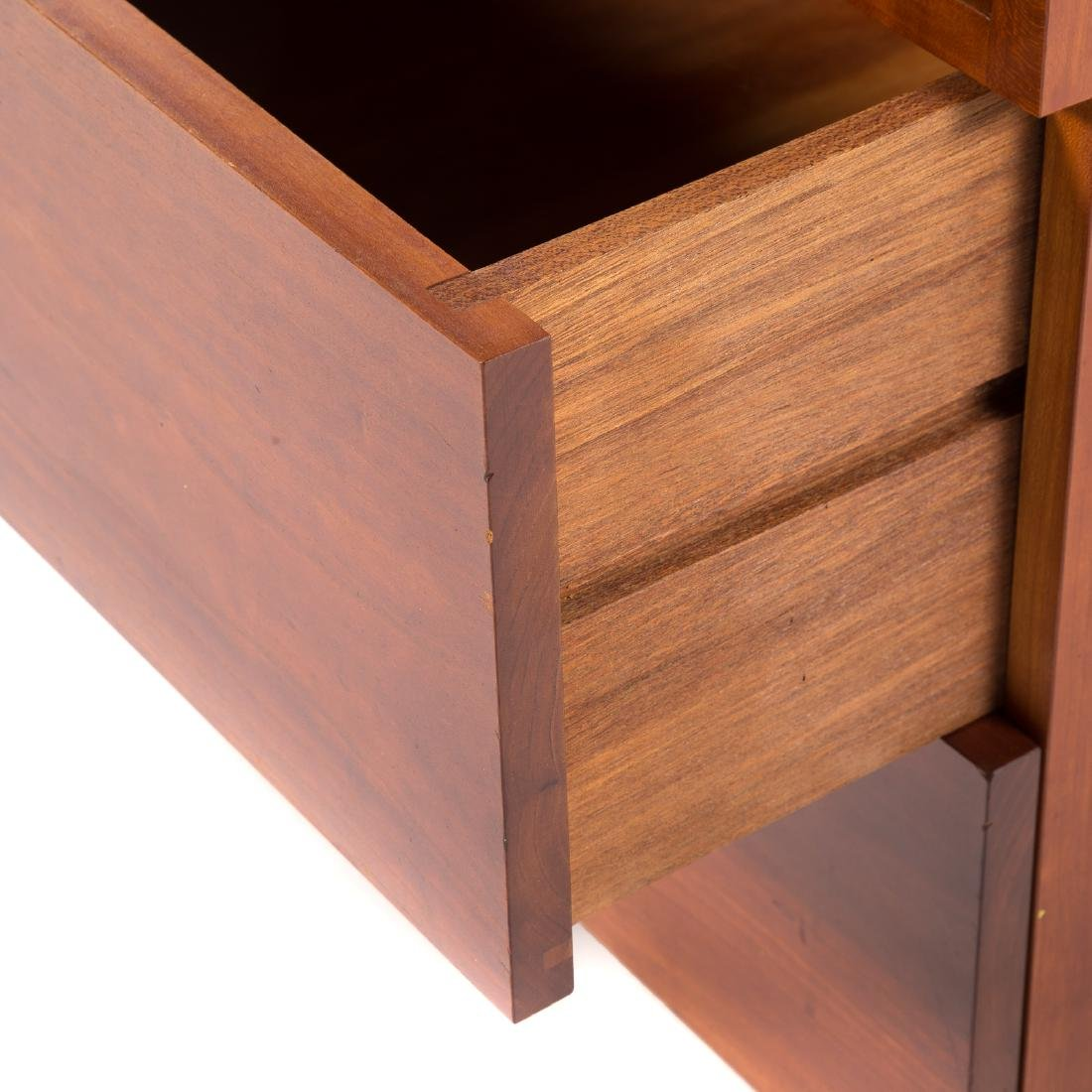 Attributed to George Nakashima. Custom Side Table - 4