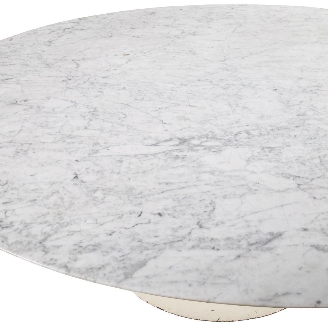 Eero Saarinen Mid-Century Modern Tulip table - 2